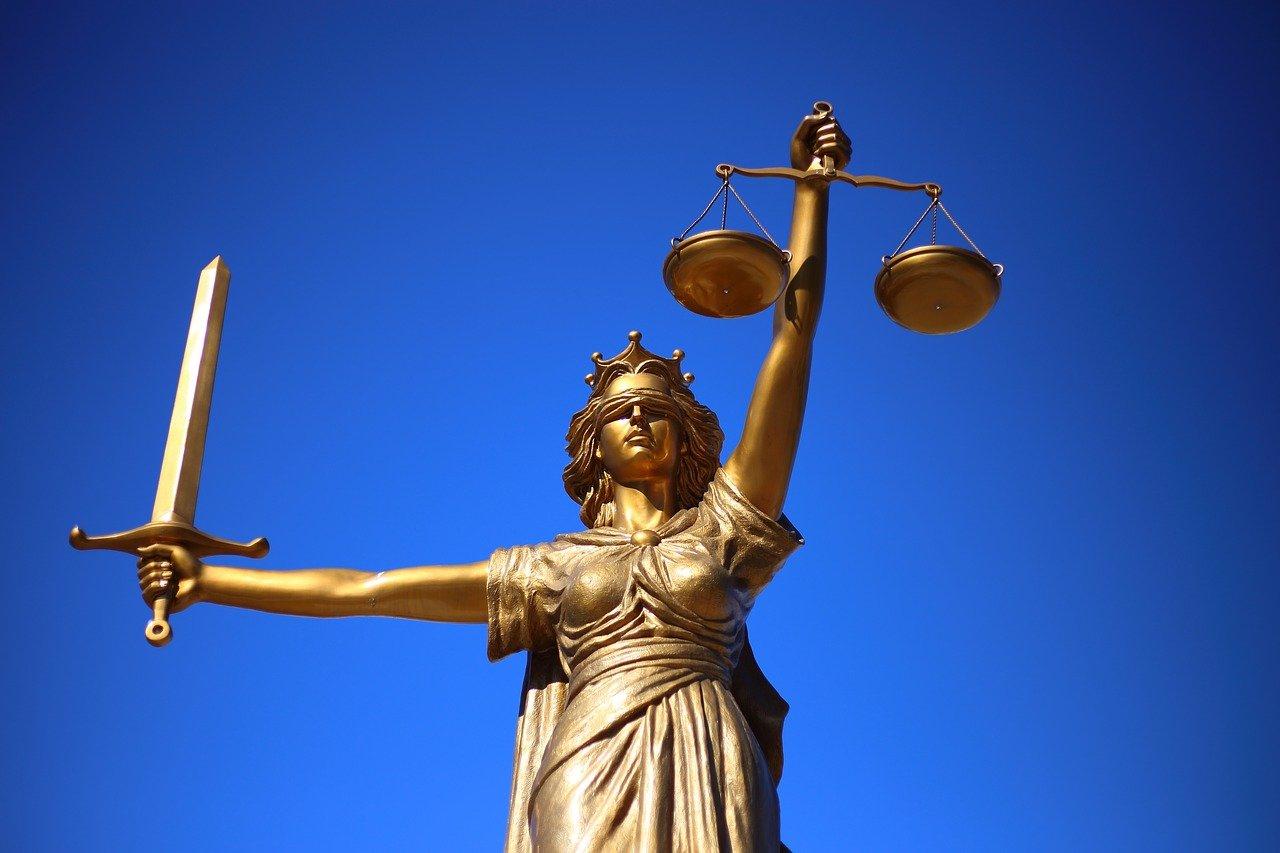 O direito universal à justiça não tem preço. E muito menos 0,03€ a palavra
